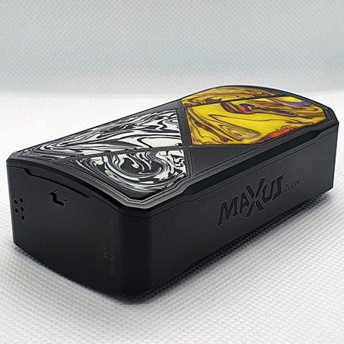 FreeMax Maxus 200W Box Mod 2